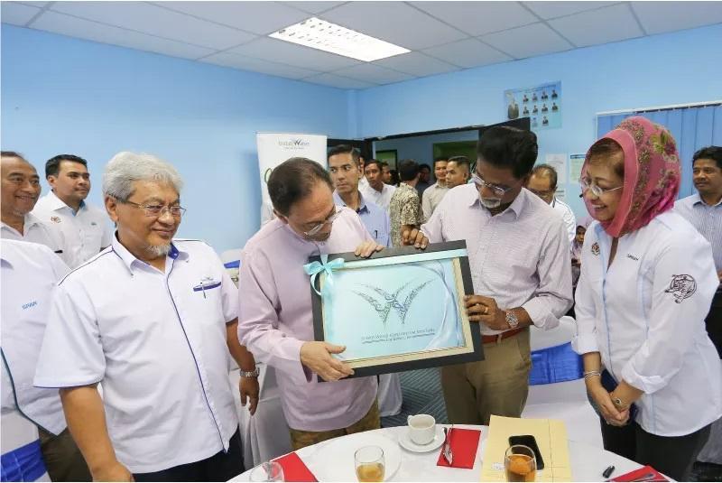 YB Dato Dr Xavier & Dato Seri Anwar Ibrahim visit to Sunggala STP